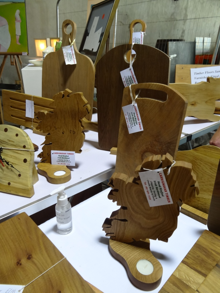 Wonderful hand crafted Irish hardwood chopping boards and more from Carrignavar Timber