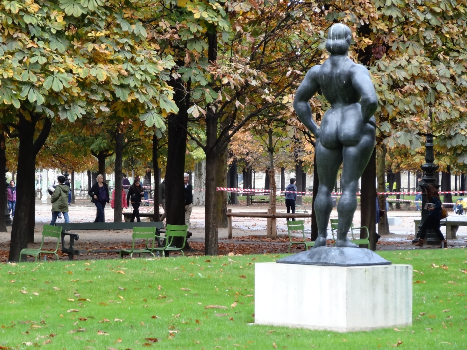 The more challenging rear of Gaston Lachaise's  Standing Woman (1932)