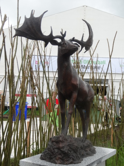 'Giant Irish Deer', bronze, Liz O'Kane