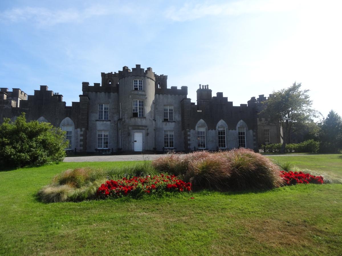 The Gardens at Ardgillan Castle. | Jardin