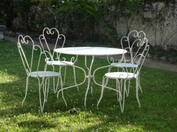 French outdoor chairs