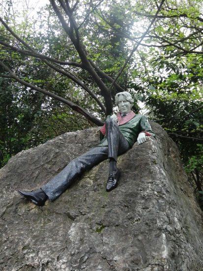 Oscar Wilde, a former resident of Merrion Square