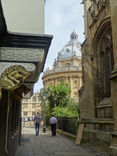 "Oxford, ""city of dreaming spires""."