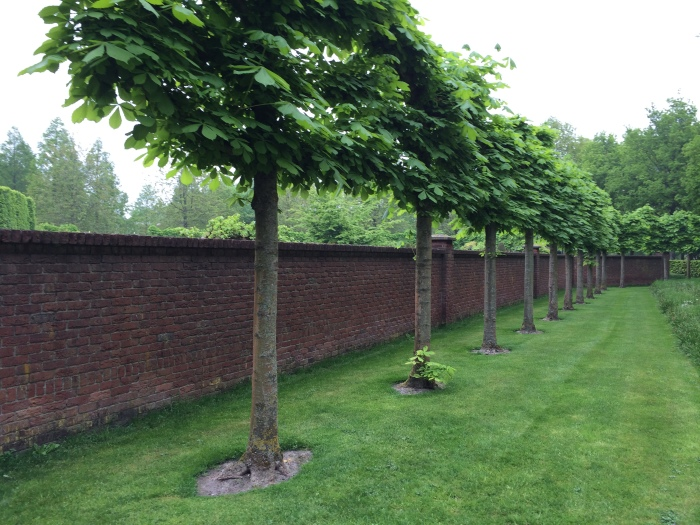 The walled Historic Garden, Keukenhof