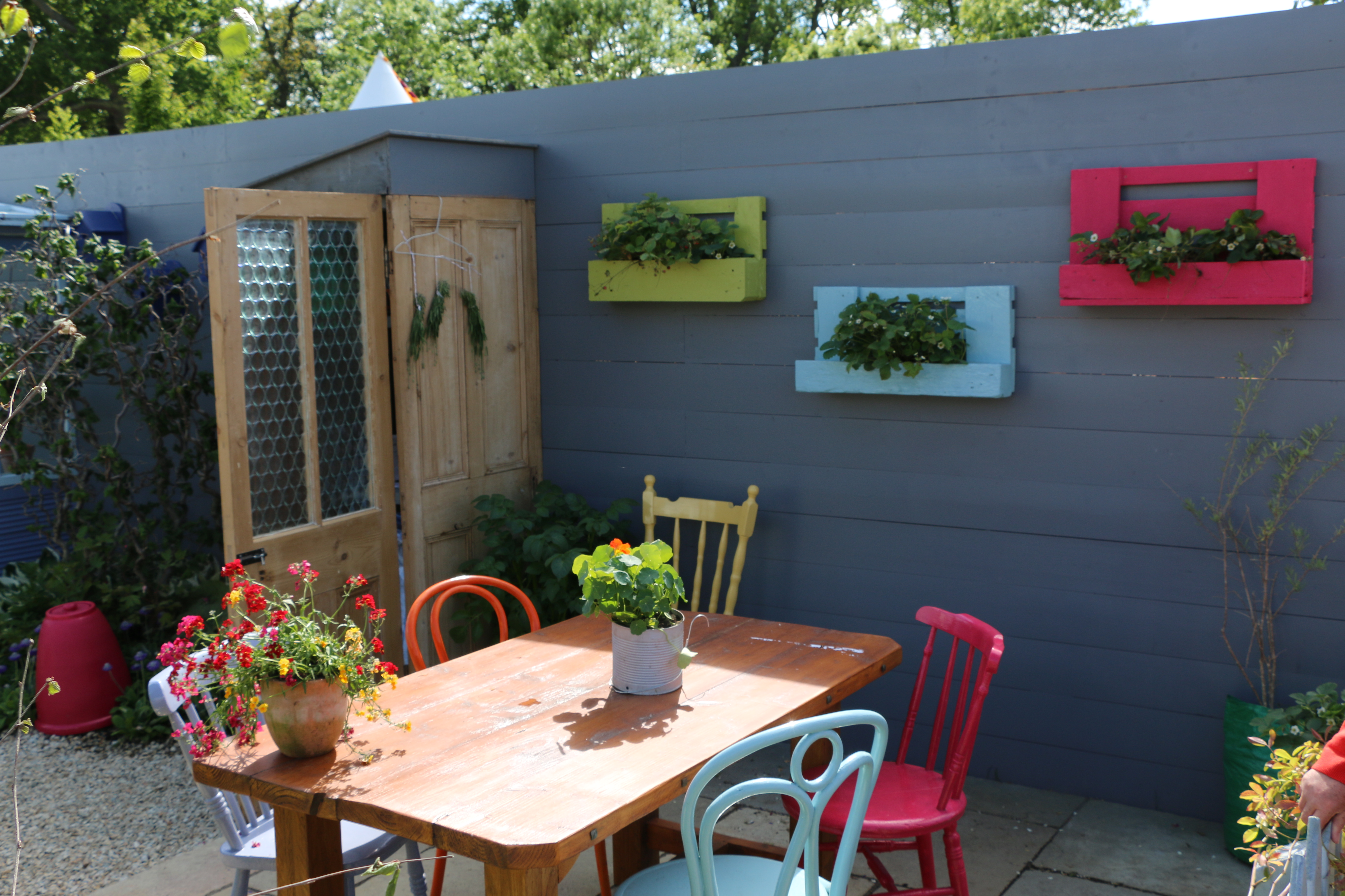 Bloom 2015 colour colour colour jardin the irish country magazine garden featured key trends such as edible gardening and upcycling as well as using lots of colour baanklon Gallery