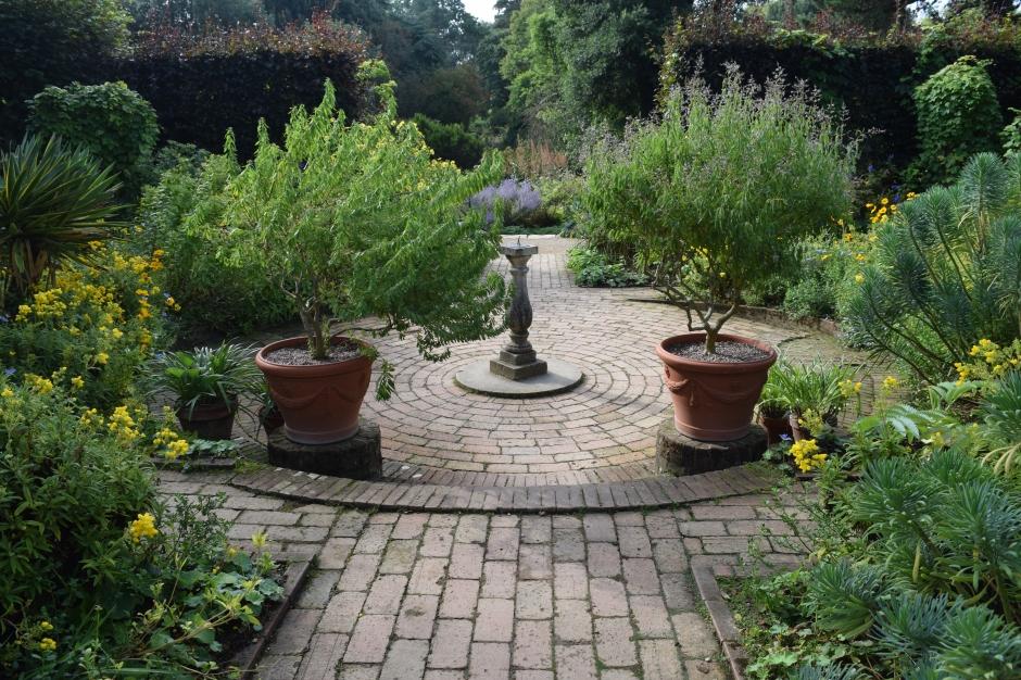 Circle Garden, Hidcote